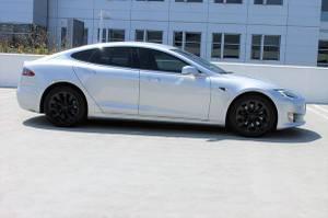 2017 Tesla Model S 75D Sedan 4D For Sale (+ iDeal Motors) $67988