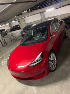 2018 Tesla Model 3 Long Range Premium w EAP + Full Autonomous package (financial district) $44000