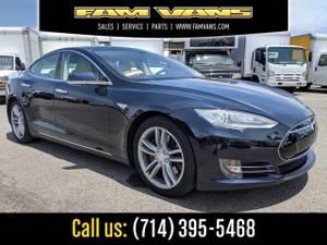 2013 Tesla Model S P85 Sedan W/ 3RD Seat (_Tesla_ _Model S_ _Sedan_)
