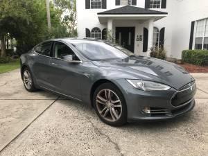 2014 Tesla Model S 85 (College Park) $42000