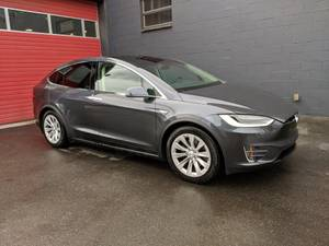 2016 Tesla Model X 90D, 16k, Autopilot, Grey/Black, 7 Psngr (Paramount Motors NW – 65+ EV's in Stock) $69995
