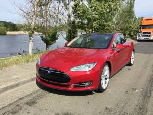 2015 Tesla Model S P90D 26,000 Miles Ludicrous+ (greenbrae) $69420