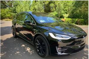 2017 Tesla Model X 100D AWD (Sherman Oaks) $89889