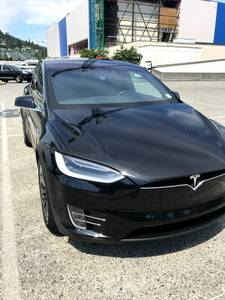 **TESLA 2017 Model X – 75D Loaded 6 Seater** REDUCED! (West Vancouver) $100000