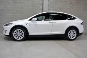 2017 Tesla Model X 100D (Blue Star Motors) $109980
