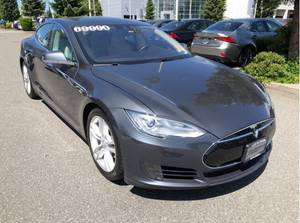 Mardjuki-778 892 0869-2015 Tesla Model S 70D AWD Low KM Best $$ !!!! (North Vancouver) $69990