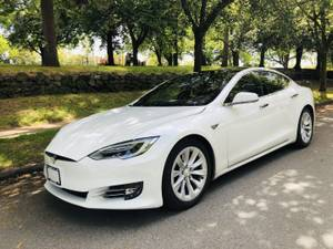 2016 Tesla S 70D, LOCAL, NO ACCIDENT, ONLY 30K KM (Contact Ash 604-700-6264) $75900