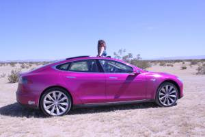SOLD 2012 signiture Tesla S (LOS ANGELES) $32500