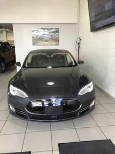 2015 TESLA 85KWH Model S AWD – LIKE NEW – LOCAL BC – NO ACCIDENTS (ZERO DOWN WITH APPROVED CREDIT  – BEST FINANCE TEAM IN TOWN) $69995