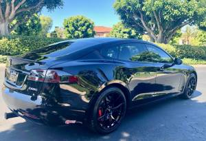 Tesla P100DL (Newport Beach) $79450