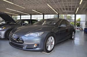 2014 Tesla Model S (Lomita) $44995