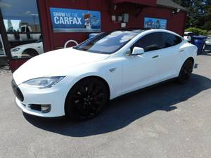 2016 TESLA S90D AWD PERFORMANCE W LUDICROUS PLUS MODE (CALL FOR MARKET PRICE!)