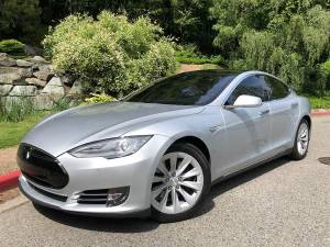 2015 Tesla Model S 90D AWD 4dr Liftback CALL NOW FOR AVAILABILITY! (+ Mudarri Motorsports Co) $50999