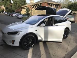 2017 Tesla model X75D (santa rosa) $89500