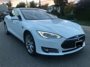 2014 Tesla Model S 85 under Tesla Warranty (Richmond) $63000