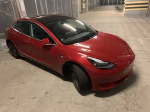 Tesla Model 3 Dual Motor with 2000 miles and FSD – MOVE SALE (downtown / civic / van ness) $52900