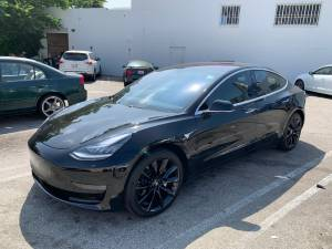 2018 Tesla Model 3 (Long-Range battery, RWD, EAP, Premium Int.) Black (SOMA / south beach) $46000