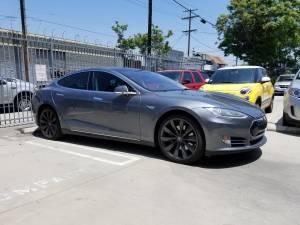 2014 Tesla Model S60 – CPO still (anaheim hills) $32500