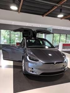 2018 Tesla Model X 100D (12 months old) AWD (Bellevue) $88500