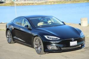 Tesla Model S 100D 2017 Enhanced Autopilot 21″ Rims Carbon Spoiler (Oakland) $77999