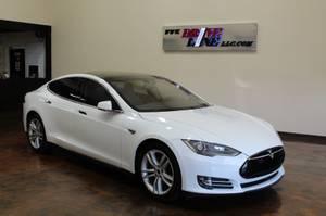 2015 Tesla Model S (Midtown) $46995