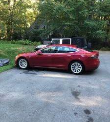 2016 Tesla Model S 90D (Bayside) $59500